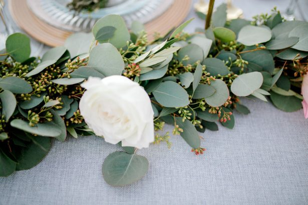 Greenery Garland wedding centerpiece - Sparrow and Gold Photography