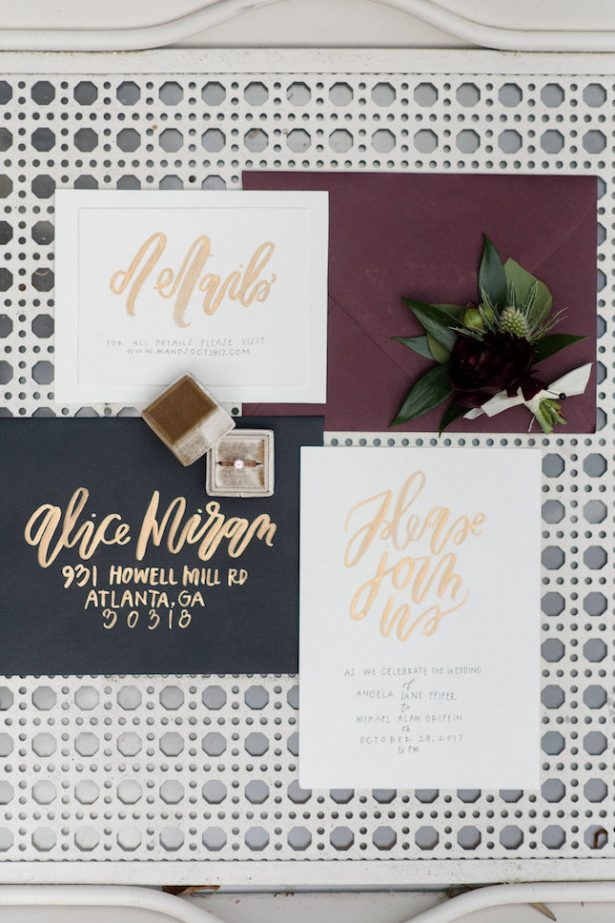 Modern wedding invitations with gold foil - KVC Photography