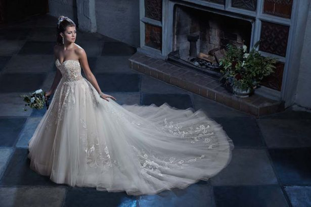Royal Worthy Wedding Dresses by Amaré Couture Spring 2018 Collection