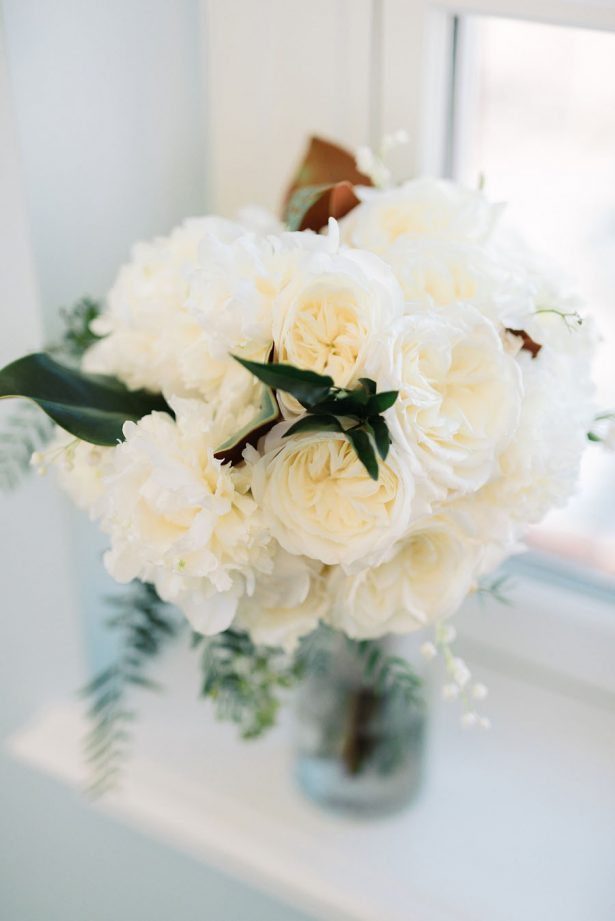 White Wedding Flowers - ​Jana Williams Photography​