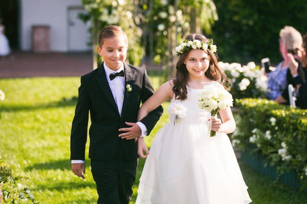 Wedding Flower girl and ring bearer - Photography: Callaway Gable