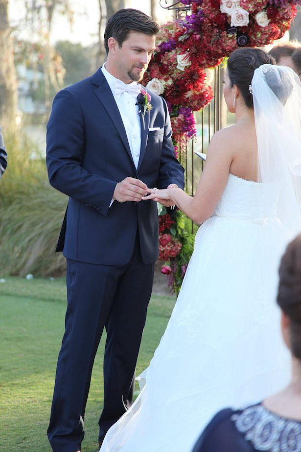 Classic Outdoor wedding ceremony - Tab McCausland Photography