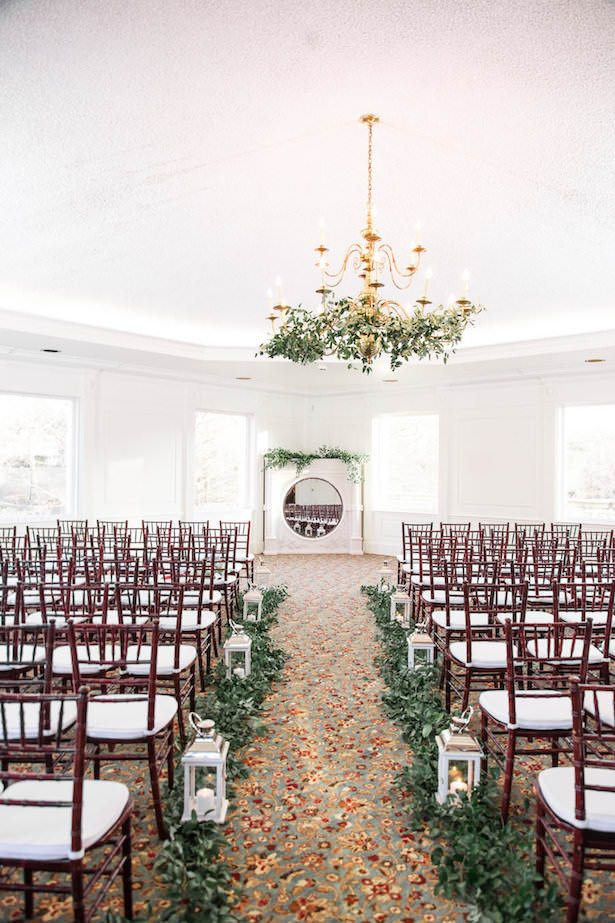 Greenery wedding ceremony decor with lanterns - Lieb Photographic