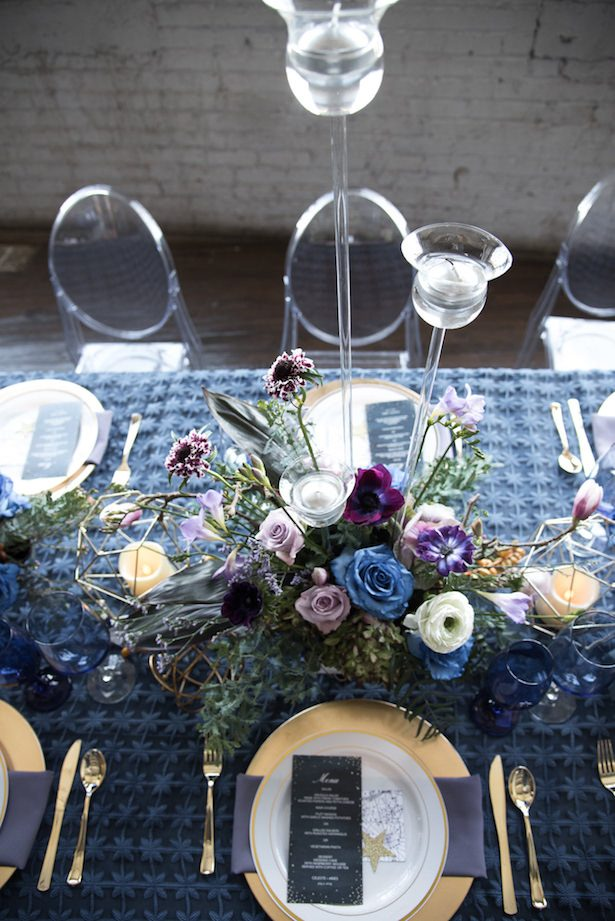 Navy blue and ultra violet wedding tablescape - Vanessa Anne Photography