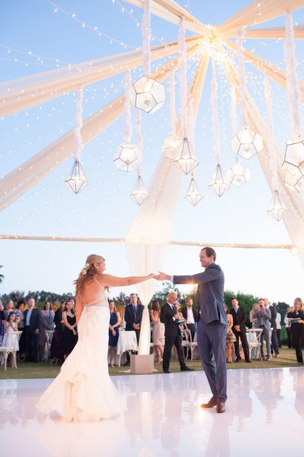 Wedding Songs - wedding first dance -Photo: Love & You Studios