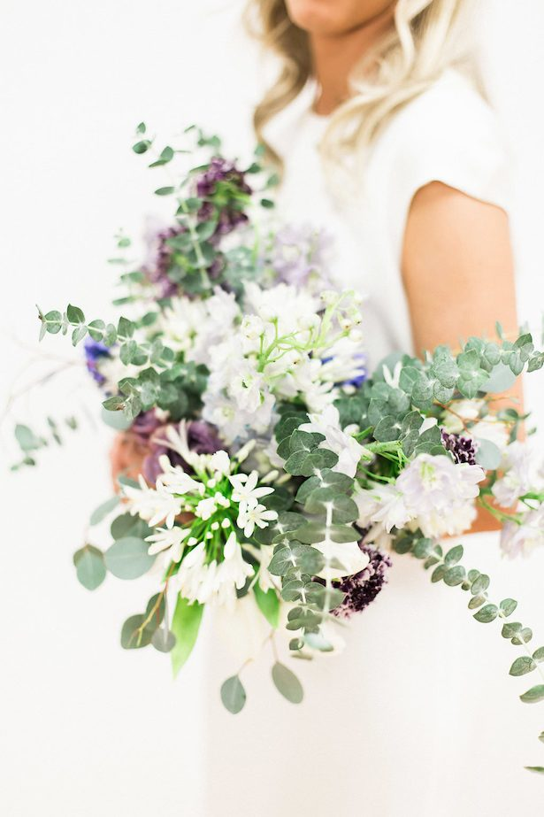 Winter wedding bouquet - Esther Funk Photography