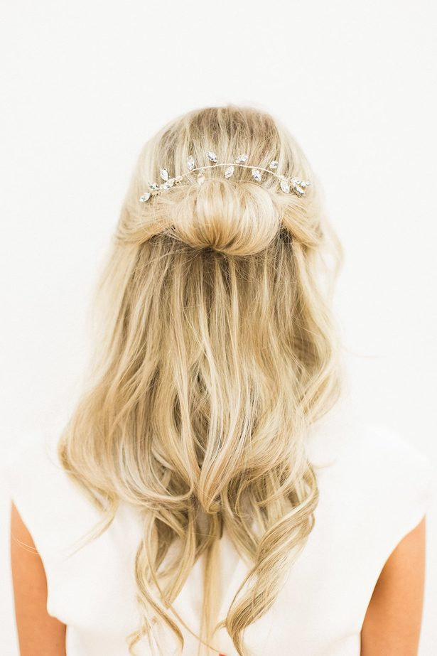 Bridal hairstyle - Esther Funk Photography