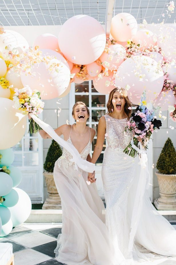 Wedding balloon ideas - Photography: Kas Richards