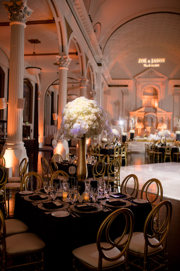 Black White and Gold Glamorous Wedding Reception decorations - Photo: Hollywood Pro Weddings