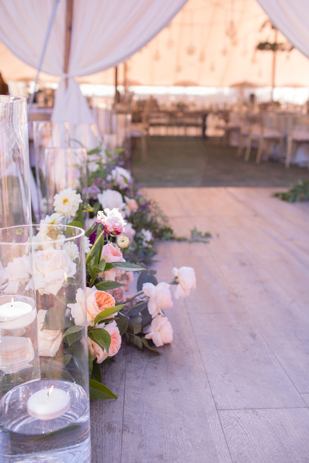 Elegant Tent Wedding Decorations - Acqua Photo Photography
