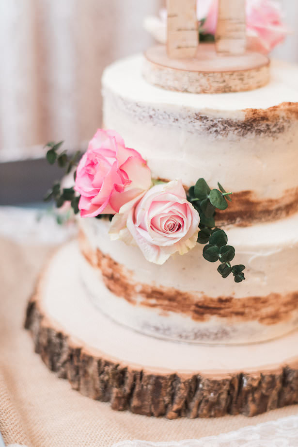 Wedding Cake with Flowers - Juicebeats Photography