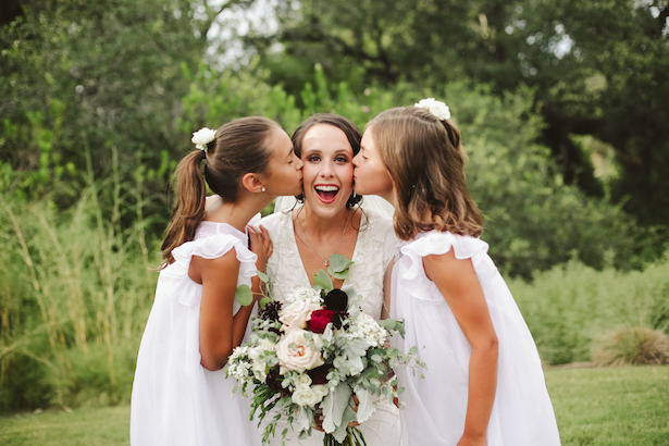 Flower girls and bride photo idea - Photo: Elizabeth Bristol
