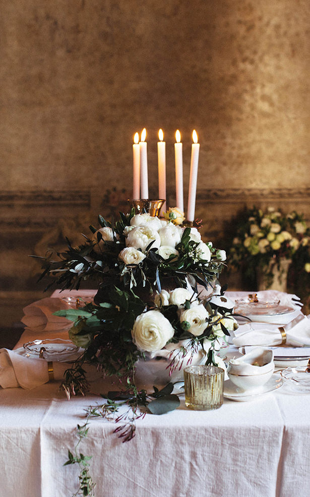 Greek Inspired Modern Wedding Table Decorations- Photography: Miriam Callegari