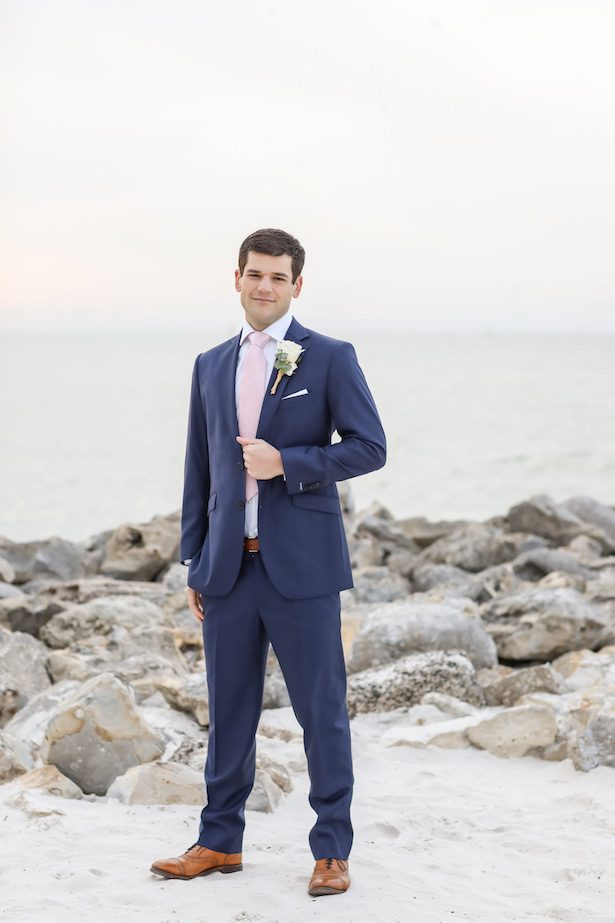 Groom attire - Wedding suit - Lifelong Photography Studio