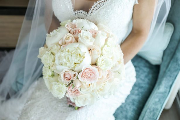 Pink and white summer bouquet - Lifelong Photography Studio