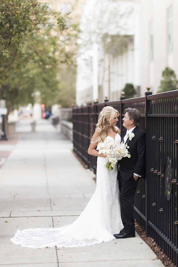 Glamorous and Romantic wedding photo - Aislinn Kate Photography