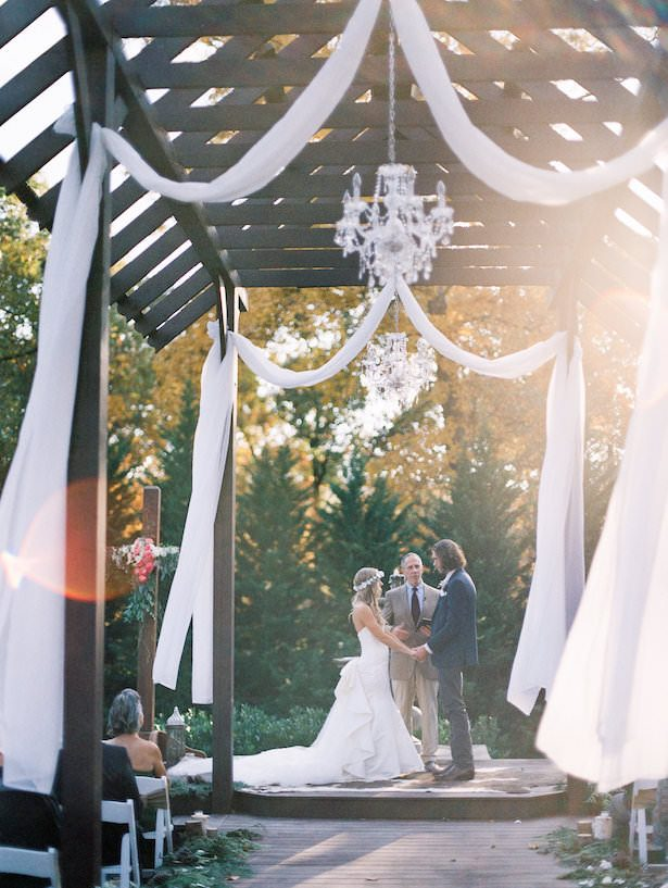 Rustic Outdoor Wedding Ceremony Decorations - Juicebeats Photography