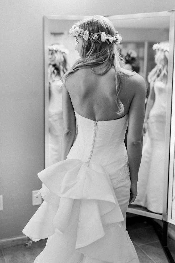 Rustic Wedding Dress - Juicebeats Photography