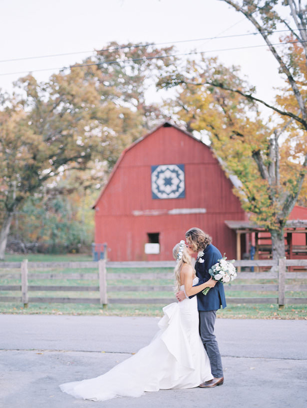 Rustic Barn Wedding- Juicebeats Photography