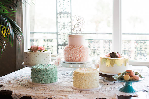 Wedding cake table - Brooke Images