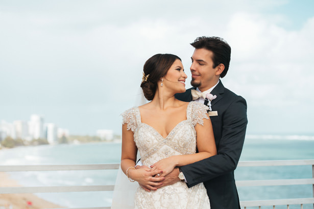 romantic puerto rico wedding photo - Photo: Pablo Díaz