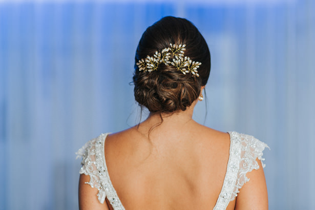 Wedding Hair Style and headpiece - Photo: Pablo Díaz