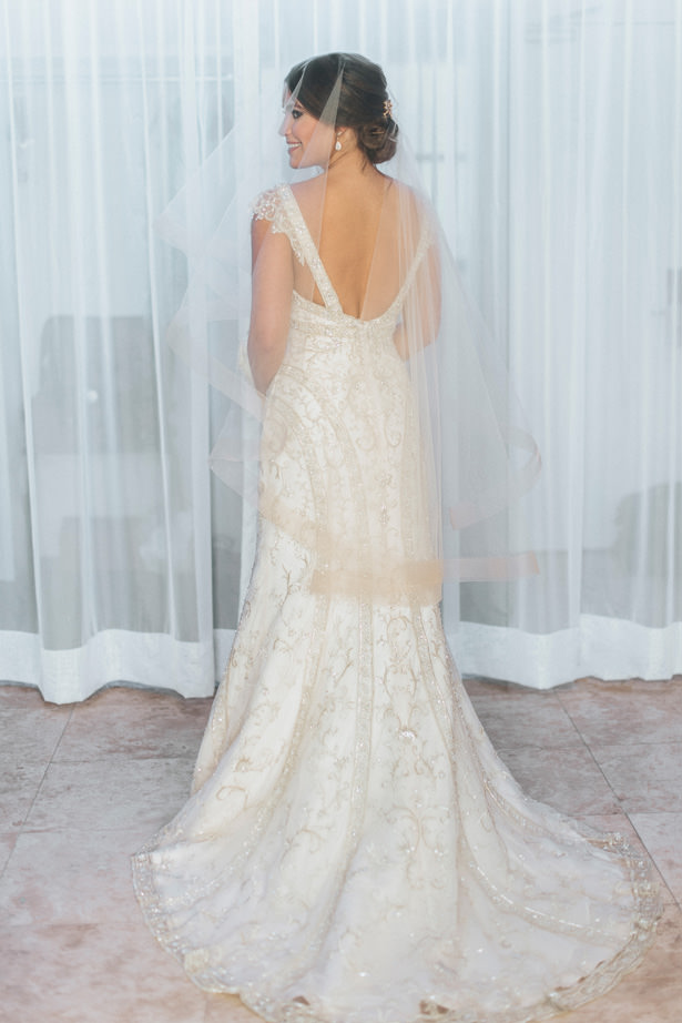 Glamorous Wedding Dress - Photo: Pablo Díaz