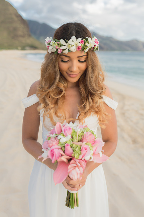 Bohemian tropical bride - Karma Hill Photography