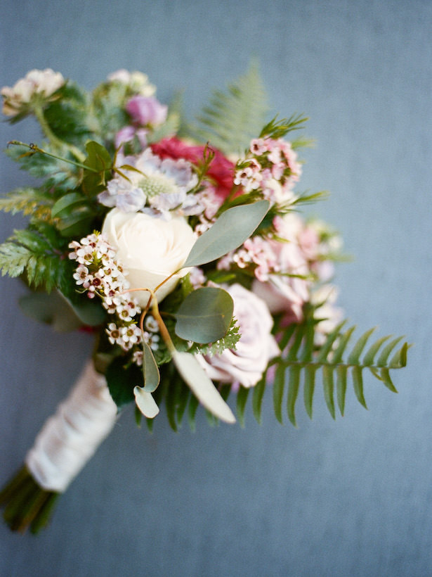 Lavender and greenery bridesmaid wedding bouquet - Photography: Rochelle Louise