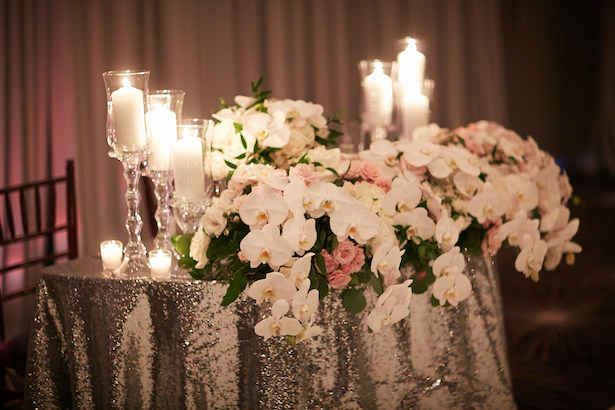 Low wedding centerpiece - Wasio Photography