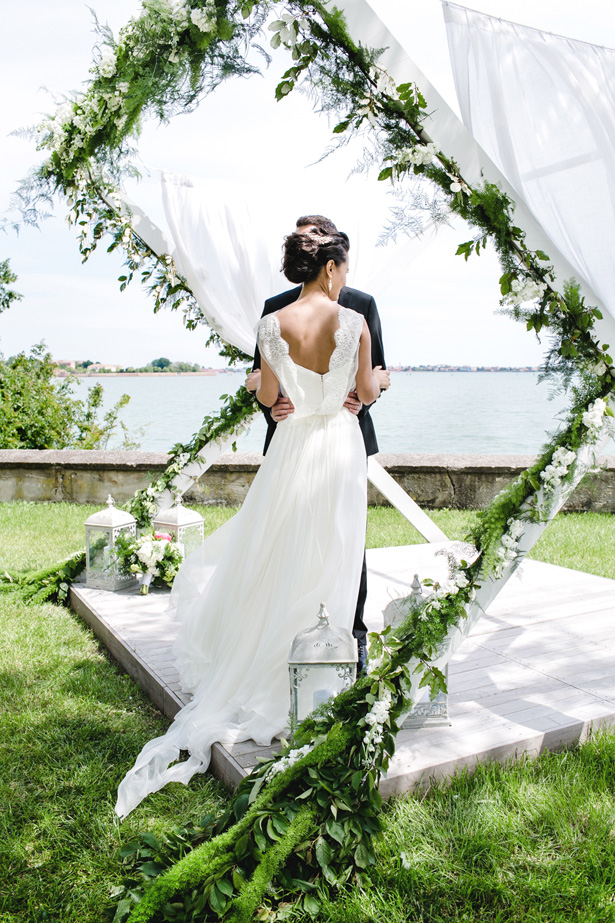 Modern Wedding Greenery Arch - Nora Photography