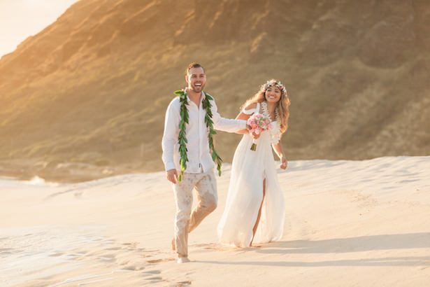 Oahu Hawaii destination wedding - Karma Hill Photography