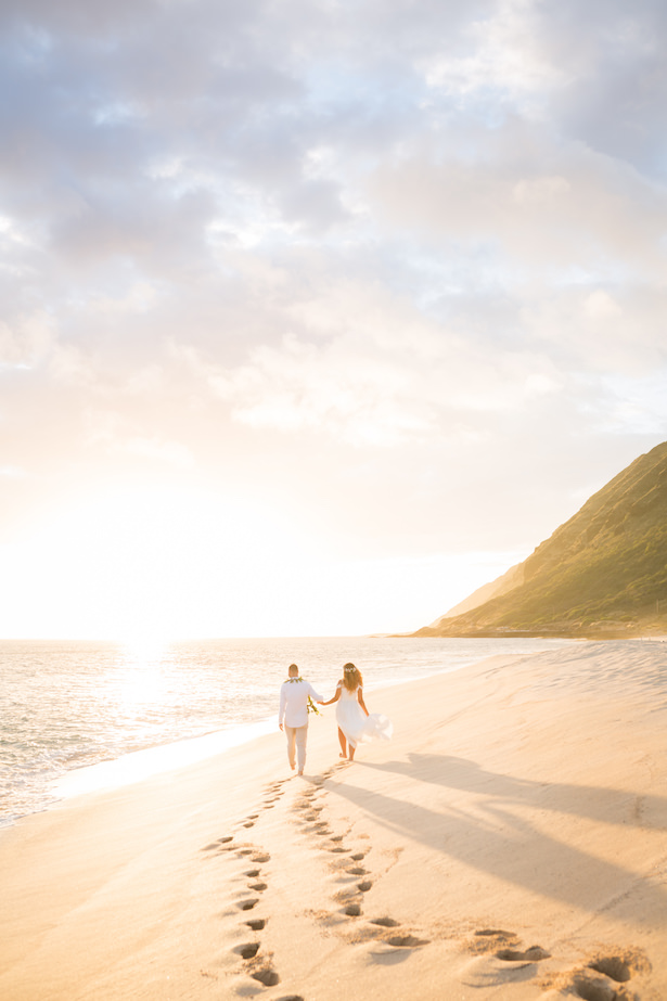 Romantic wedding photo - beach destination wedding Hawaii - Karma Hill Photography