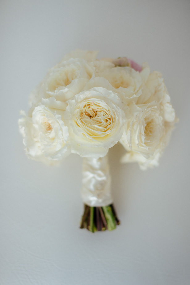 White Rose Bouquet - Photo: Pablo Díaz