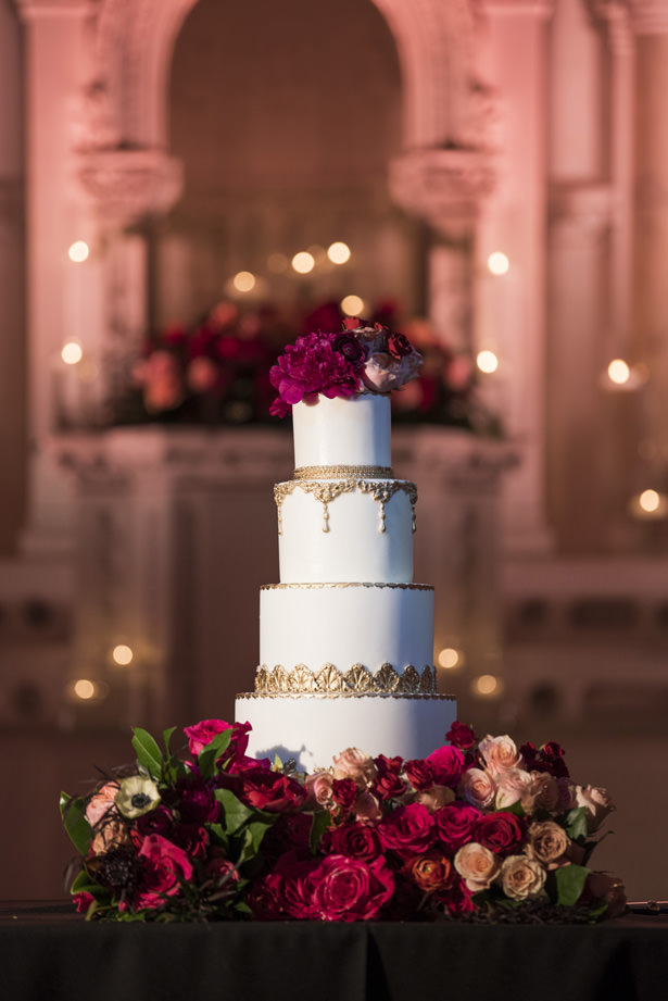 Glamorous Wedding Cake - Photography: The Big Affair