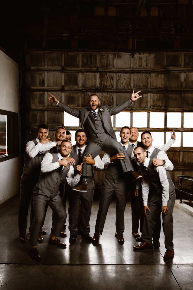 Groomsman Photo ideas - T&K PHOTOGRAPHY
