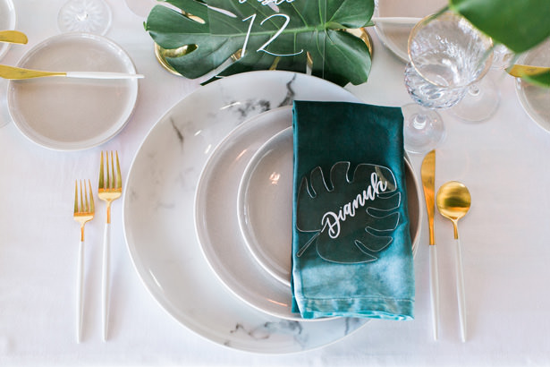 Modern Tropical wedding place setting - J Wiley Photography