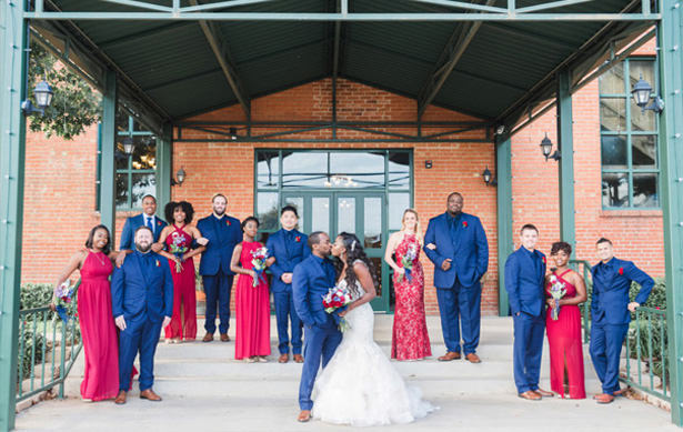 Navy and Burgundy Wedding Part - Photography: Sabel Moments