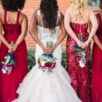 Navy and Burgundy bridesmaid bouquets - Photography: Sabel Moments