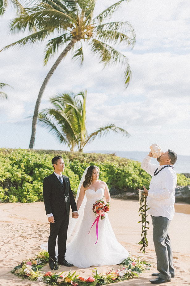 Romantic Tropical Beach Wedding- Angie Diaz Photography