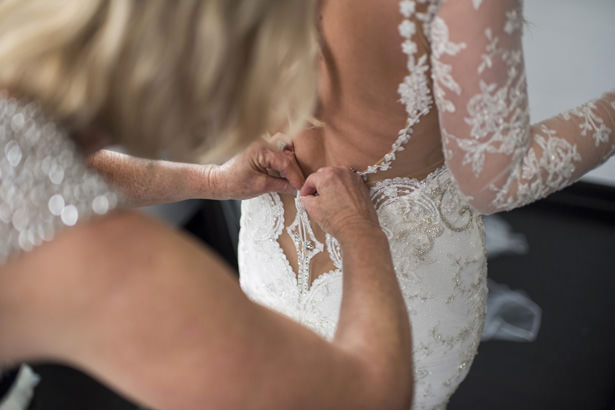 Sleeve Lace Wedding Dress - Photography: The Big Affair