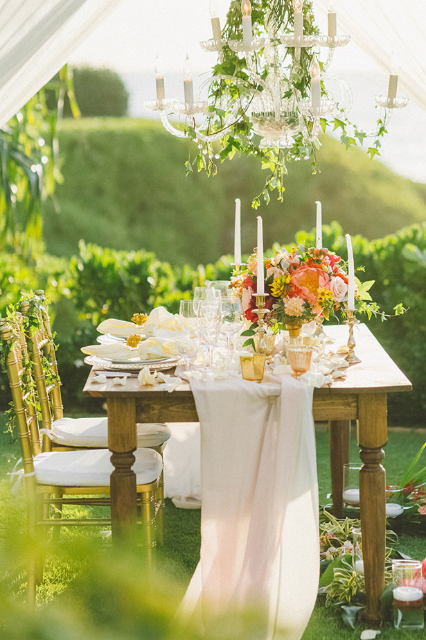Sophisticate Tropical Wedding Tablescape - Angie Diaz Photography
