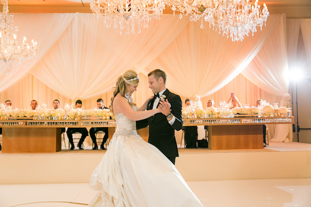 Wedding First dance - Christopher Todd Studios
