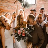 Wedding Party Photo Idea - T&K PHOTOGRAPHY