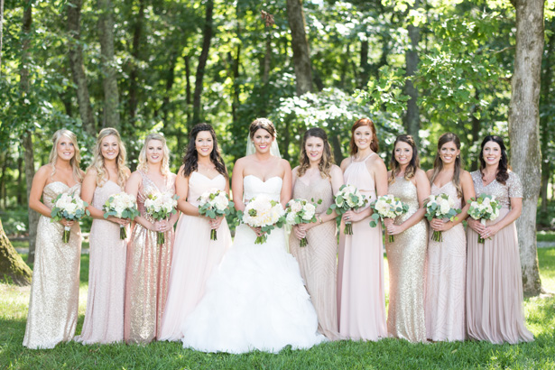 Bridal Party Matching Bouquets - Shane Hawkins Photography