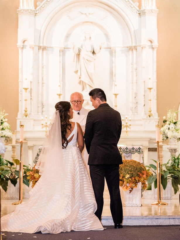 Church wedding ceremony - Flashy Mama Photography