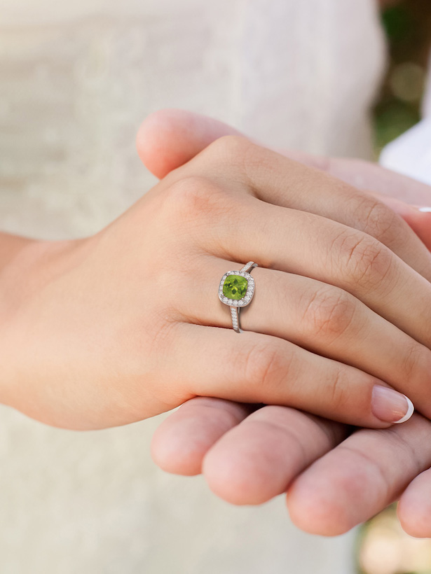 Engagement Ring Trends with Angara - Halo