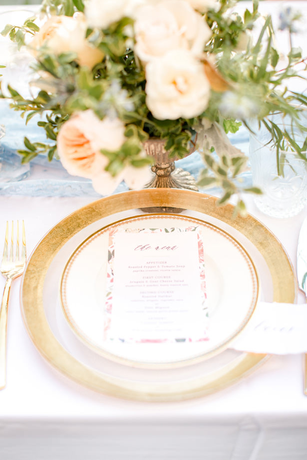 Gold and white wedding plate setting - Idalia Photography