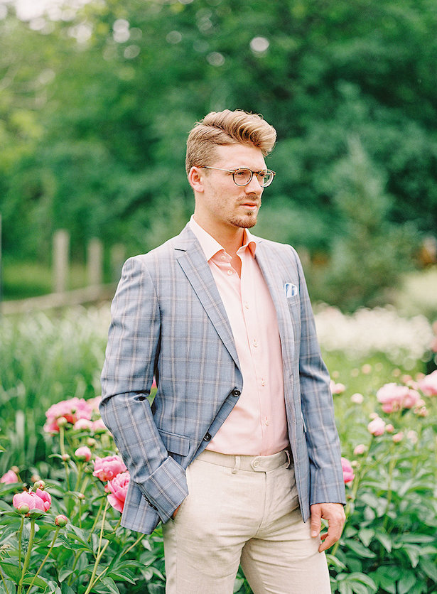 Groom summer wedding outfit - Whitney Heard Photography