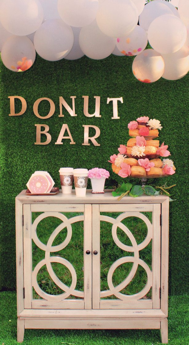 How to style Donut Bar with Cricut
